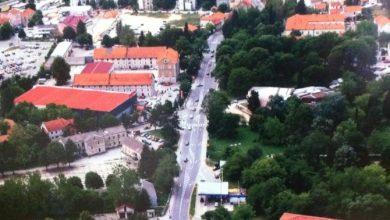 """Photo of U postupku izdavanje građevinske dozvole za """"kružni tok"""" ispred upravne zgrade Grada Sinja"""