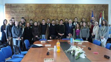 Photo of Potpisani ugovori o stipendiranju studenata Grada Sinja