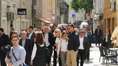 Photo of HDZ-ovi kandidati za EU parlament posjetili Sinj