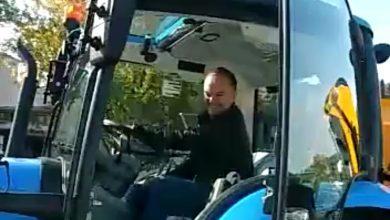 """Photo of Gradu Trilju stigao traktor vrijedan stotine tisuća kuna – Grad Sinj ne može dobiti ni """"frezu agriu"""""""