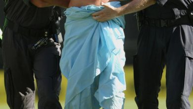 """Photo of """"Nasilni sinjanin se pred tužiteljicom pojavio – potpuno gol"""""""