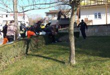 Photo of Šef sinjske policije skočio na muškarca natopljenog benzinom i u zadnji čas mu izbio upaljač. Novinar SD svjedočio drami: 'Samo tražim pravdu…'
