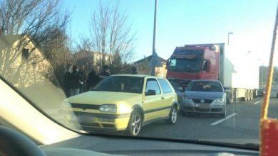 Photo of FOTO – Sudar dva osobna automobila u Sinju