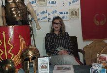 """Photo of Izabrana zapovjednica povijesne postrojbe """"Osinium"""" Kohorta Delmata"""