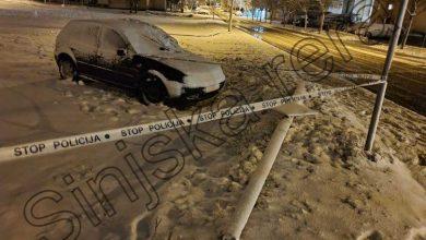 """Photo of """"Prva žrtva snježnih radosti""""- automobilom srušio rasvjetni stup na Bazani"""