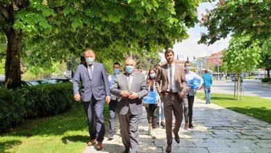 Photo of Župan Boban sa zamjenicima Antom Šošićem i Stipom Čogeljom predao preko 28 tisuća potpisa