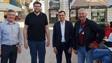 Photo of Peđa Grbin i Ranko Ostojić u Sinju dali podršku SDP-ovu kandidatu za gradonačelnika Sinja Nikoli Vučkoviću