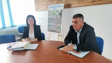 Photo of Gradonačelnik Miro Bulj i dogradonačelnik Denis Bobeta održali sastanak sa zaposlenicima gradske uprave
