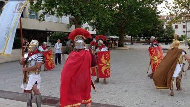 """Photo of Svečani mimohod """"Delmata i Rimljana"""" – nedjelja, 25.srpnja"""