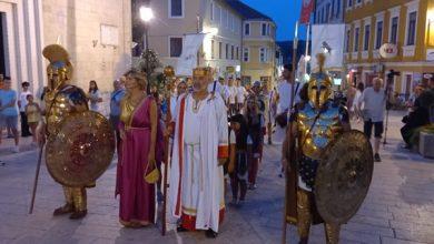 "Photo of Održan dan Antike ""Utakmica Delmata i Rimljana"""