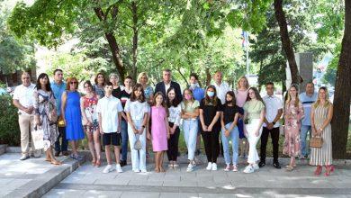 Photo of U Sinju primljeno 13 učenika koji su ostvarili zapažene uspjehe na državnim, regionalnim, međužupanijskim i županijskim natjecanjima
